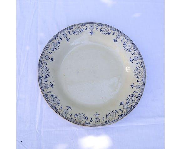 Assiette ancienne décor bleu service La Vallière Montereau et Creil