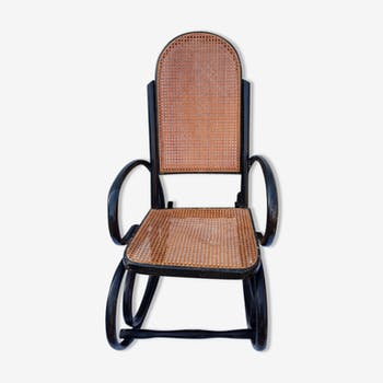 Rocking chair en bois courbé et cannage