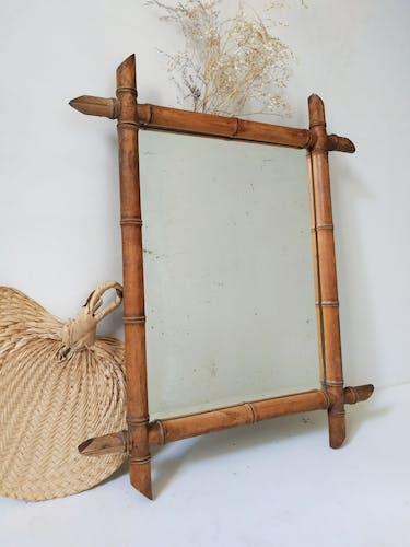 Miroir barbier ancien en bois tourné