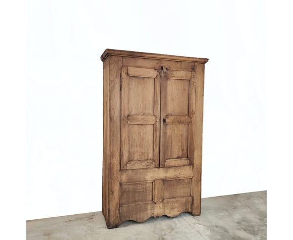 Armoire ancienne bois patine