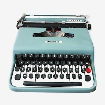 Machine à écrire Olivetti Lettera 22 bleue pastel vintage