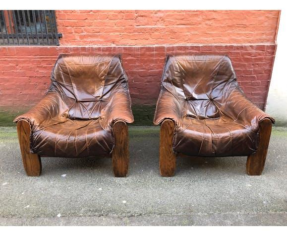 Salon un canapé et deux fauteuils