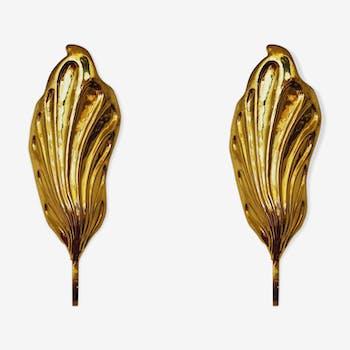 Set of 2 italian Mid Century Modern brass leaf shaped wall lamps by Tommaso Barbi