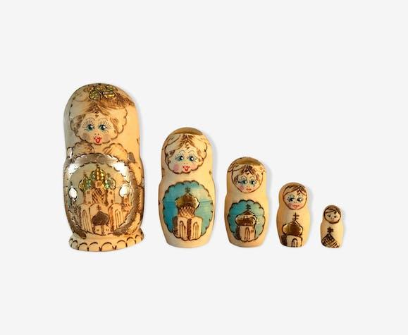 Poupée russe Matriochkas bois naturel et doré