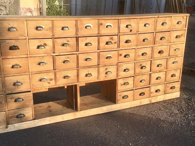 Meuble de métier à 64 tiroirs d'atelier en sapin