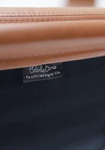 Fauteuil pivotant, modèle EA216 par Charles et Ray Eames édition Vitra