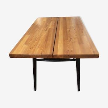 Table Ilmari Tapiovaara design Finlandais années 50