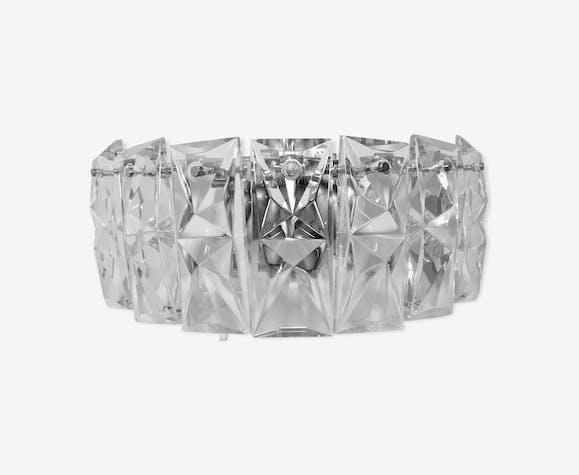 Appliqué en verre avec sept cristaux rectangulaires et quatre points de lumière Kinkeldey
