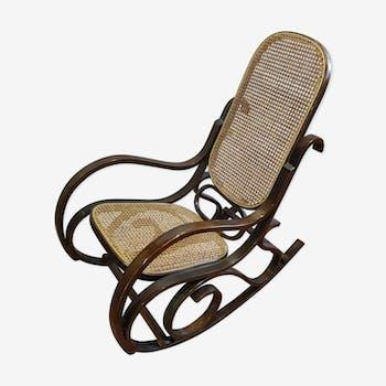 Rocking chair en bois courbé