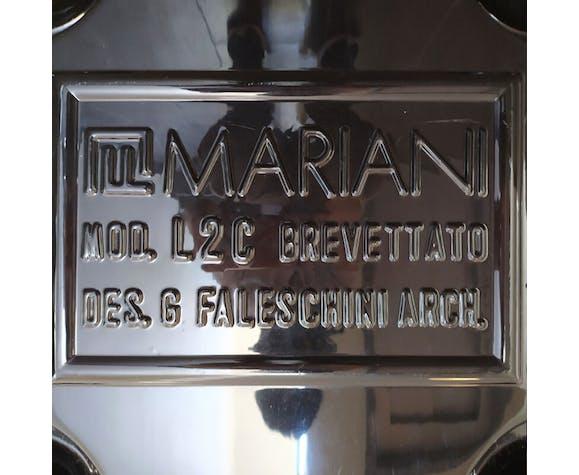 Paire de fauteuils de Guido Faleschini pour Mariani - Collection Pace années 70