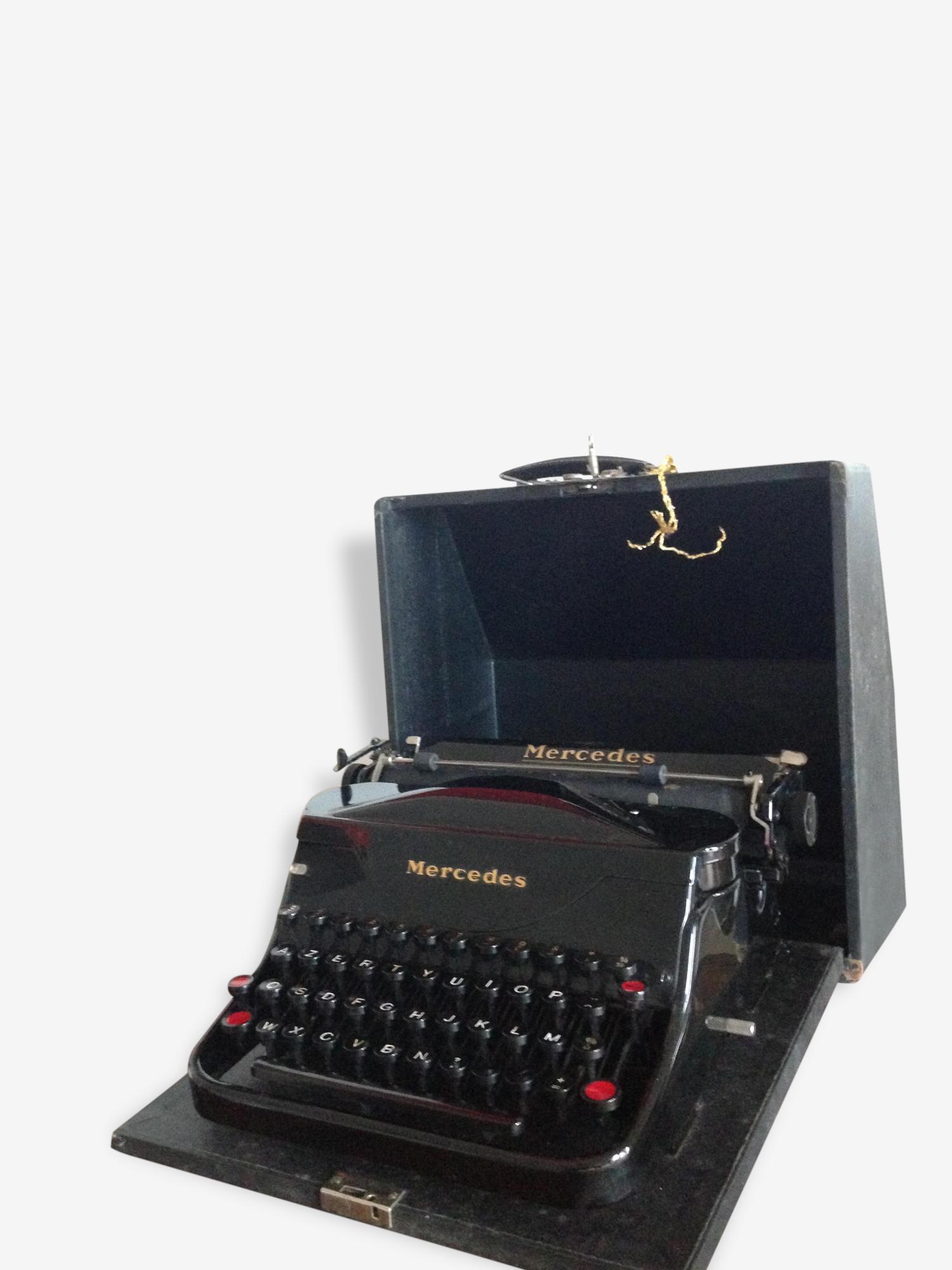 Machine à écrire Mercedes model Superba
