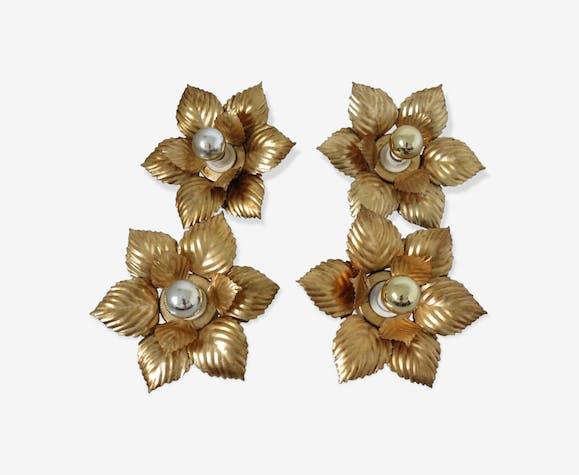 Série de 4 appliques fleurs en métal doré années 70