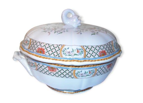 Soupi re porcelaine de gien d cor rouen au sainfoin for Service de table original