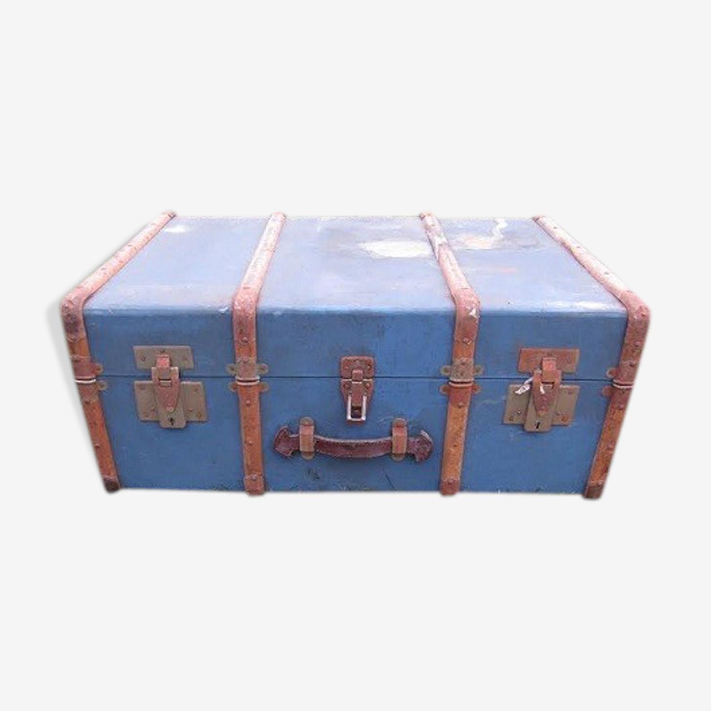 Coffre en bois bleu
