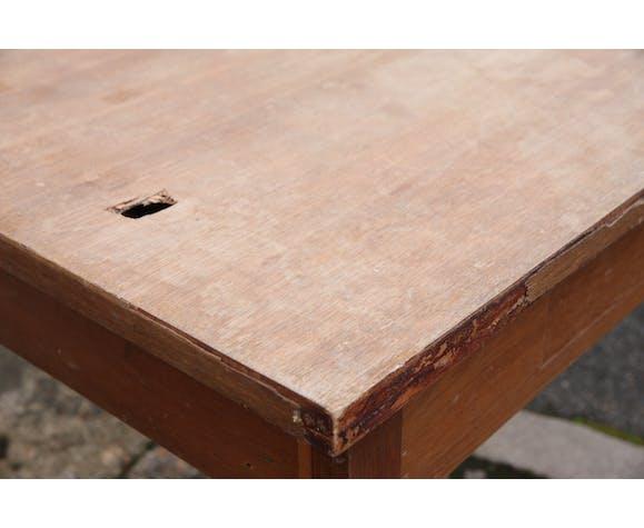 Farm table to renovate
