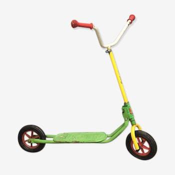 Vintage scooter 2 wheels
