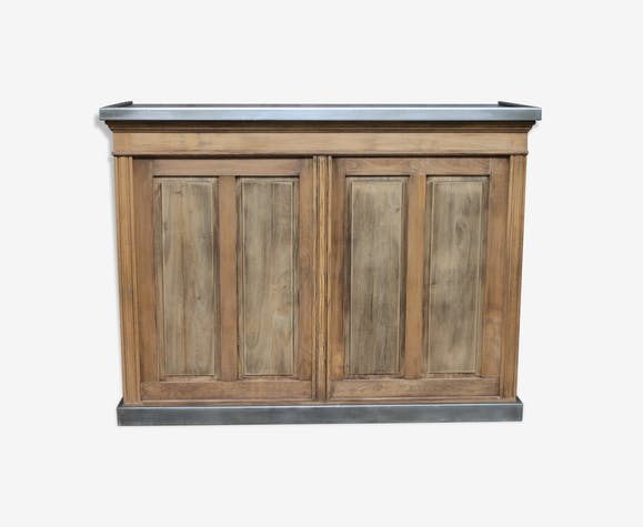 Old counter with zinc top