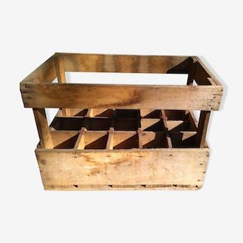 Casier à bouteilles en bois