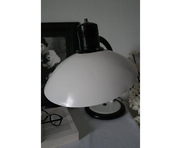 Vintage white saucer desk lamp
