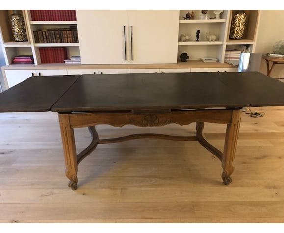 Solid solid oak table raw XIX on black patinated