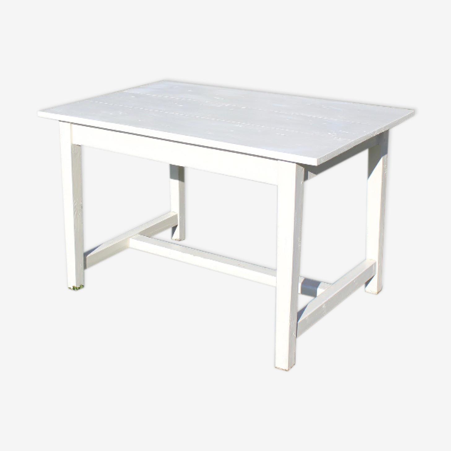 Patina white farm table