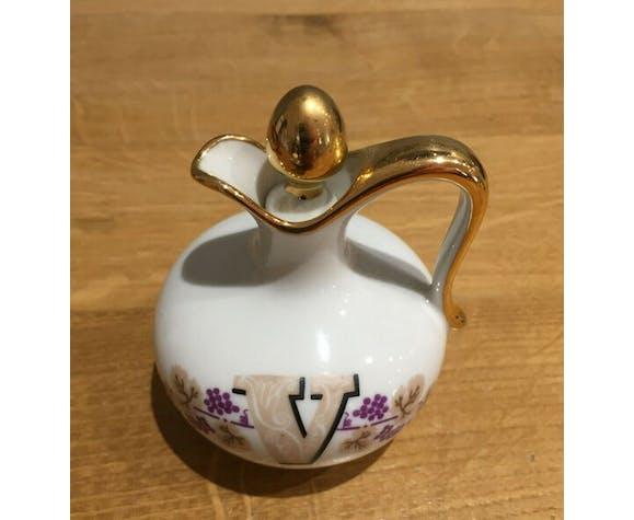 Servant Oil vinegar in fine porcelain