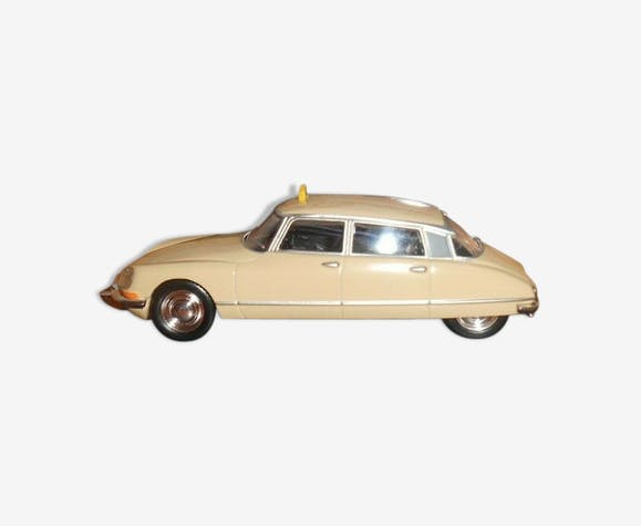 Citroën ds 21 pallas 1/43 taxi