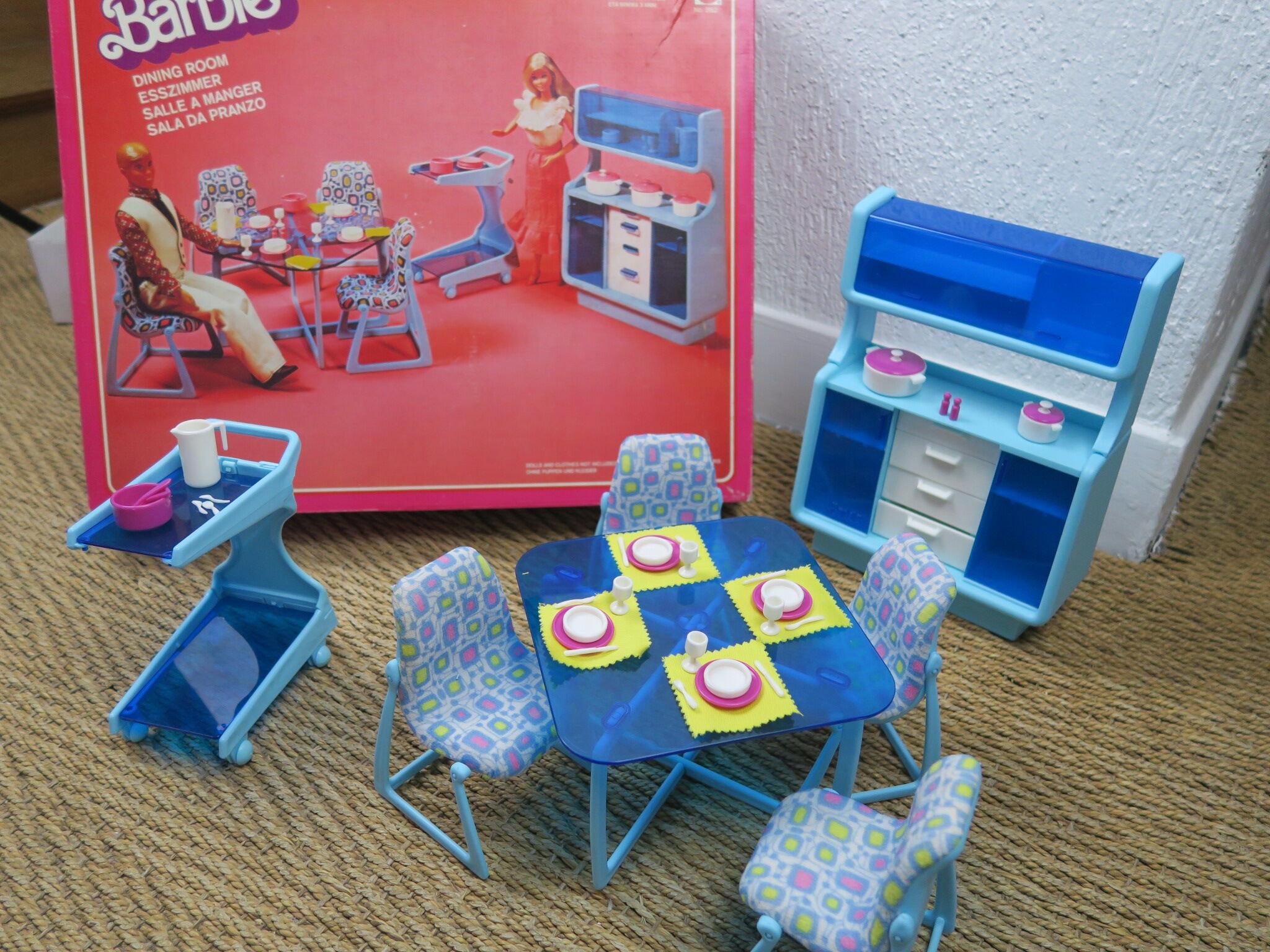 Salle à Manger Barbie Vintage Ref 2152 Avec Sa Boite