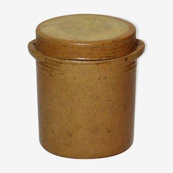 Stoneware salt jar