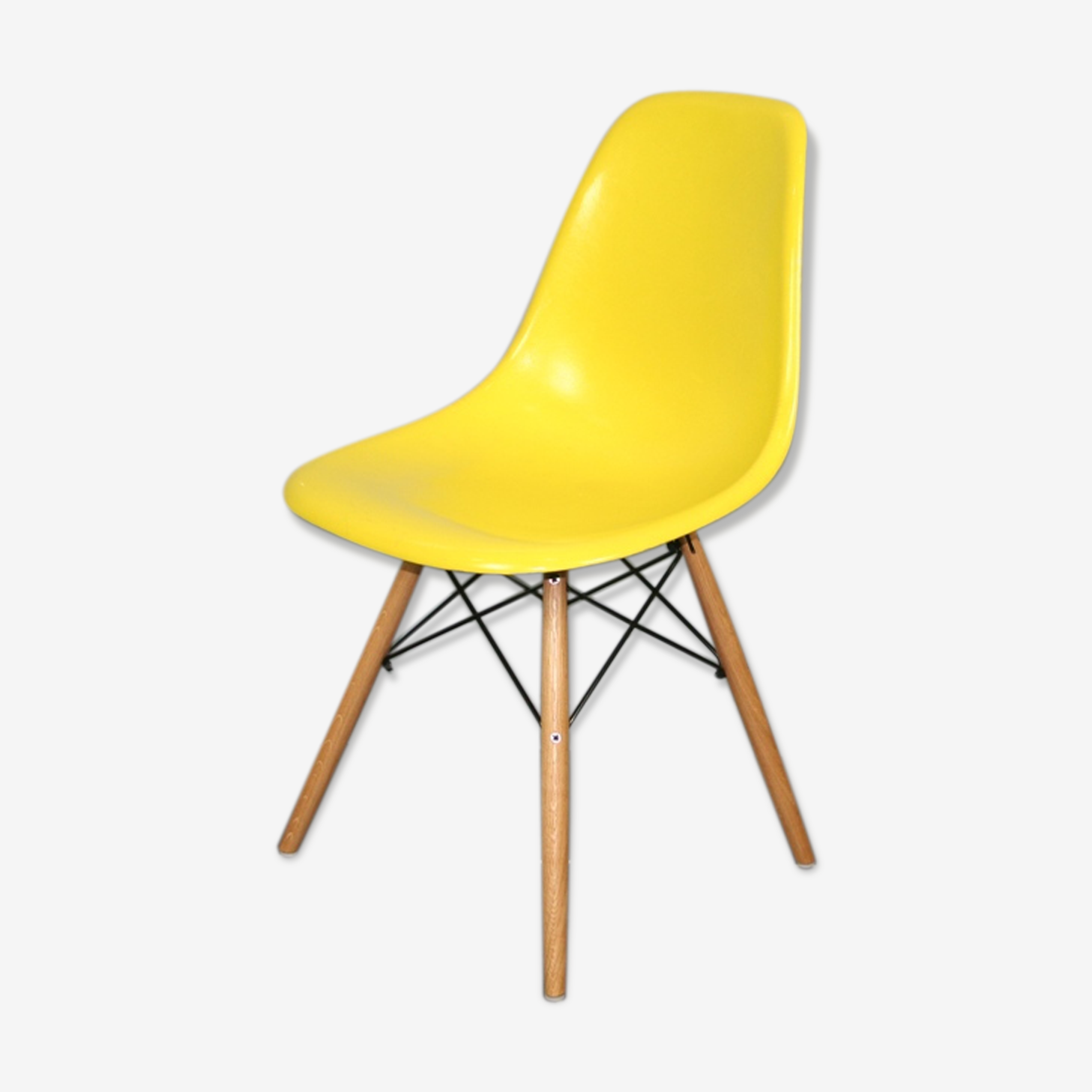 Bright yellow dsw chair Eames Herman Miller vintage