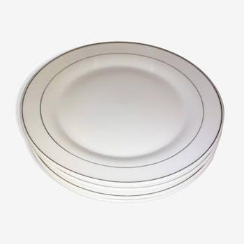 Quatre assiettes à dessert porcelaine blanche