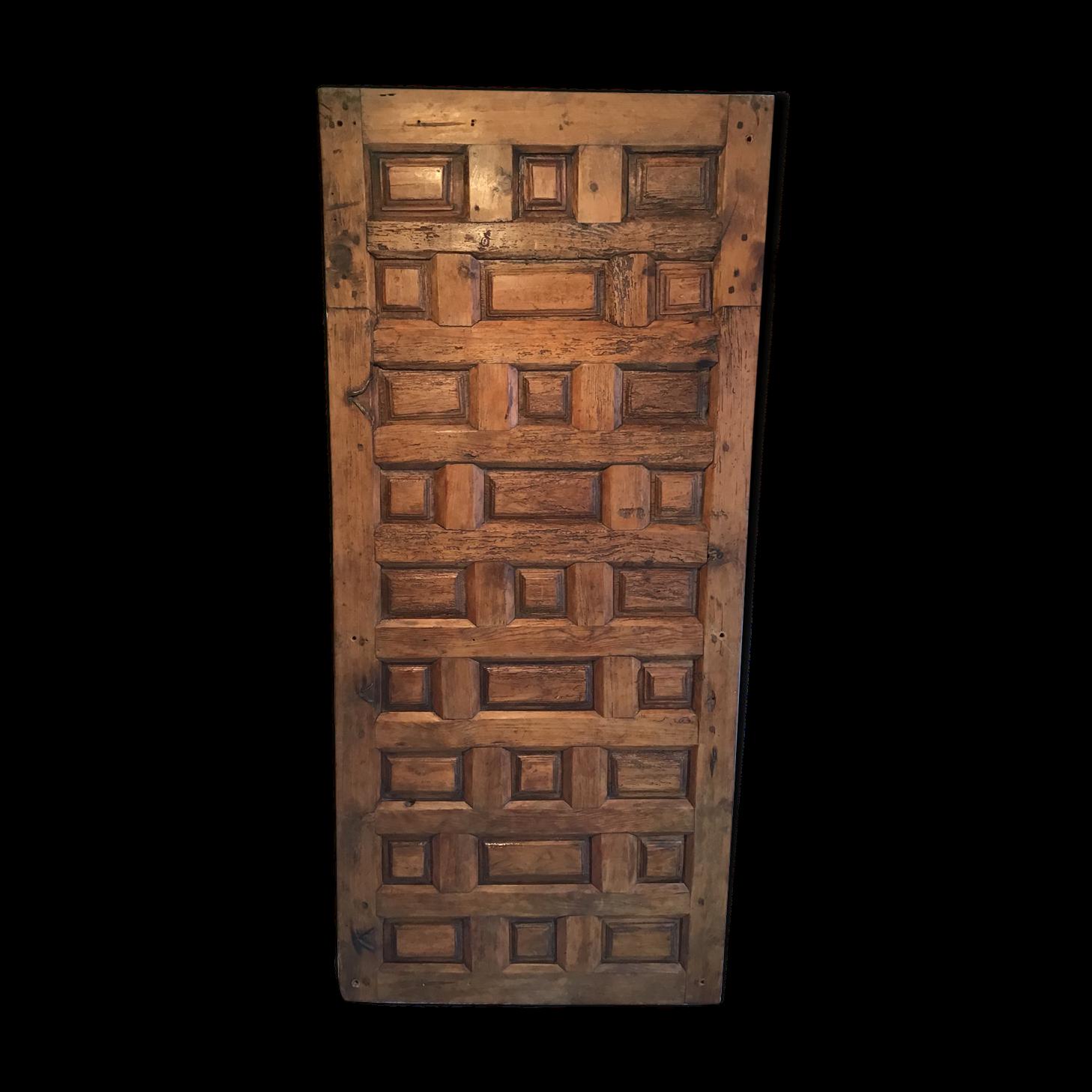 Porte Ancienne à Panneaux