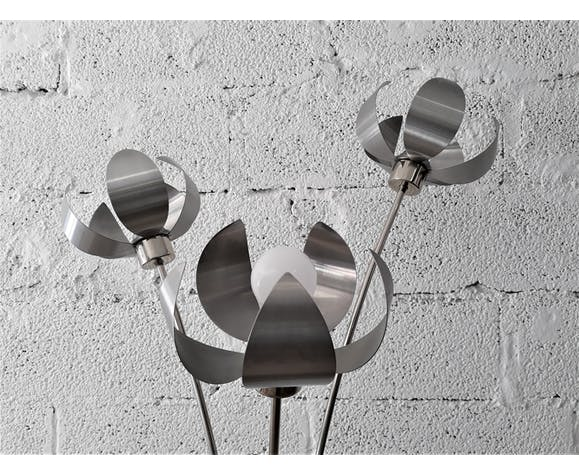Large lamp on foot / Lamplamp flowers stainless and chrome / Vintage 1960 - 1970
