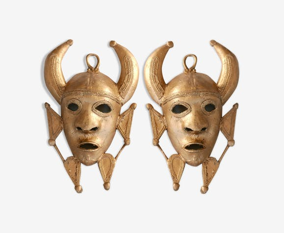 Paire de masques Africains en laiton, années 70