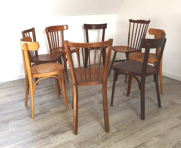 Ensemble de 8 chaises bistrot dépareillées