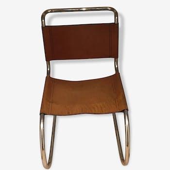 Chaise mr10