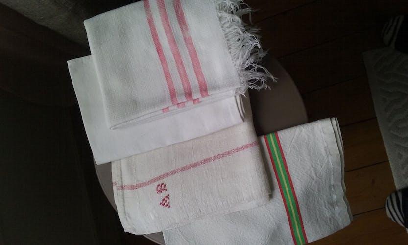Torchons et essuie-mains anciens
