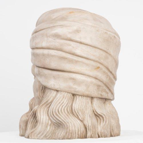 Tête de marbre