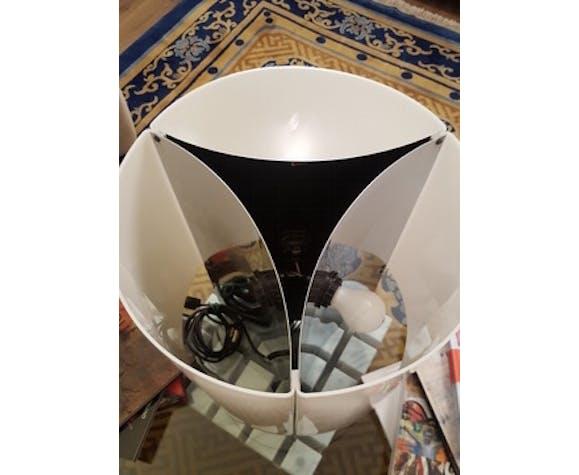 Lampe de table par Massimo Vignelli 526 G éditeur Arteluce