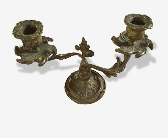 magnifique bougeoir chandelier ancien en cuivre m tal jaune classique 24331. Black Bedroom Furniture Sets. Home Design Ideas
