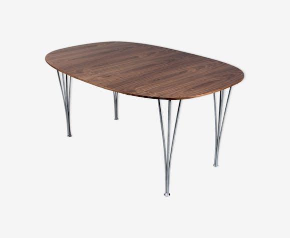 Table Super-Elliptique d' Arne Jacobsen, Piet Hein et Mathsson édition Fritz Hansen