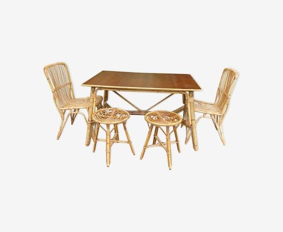 Table De Salle A Manger Rotin Avec 2 Chaises Et 2 Tabourets Rotin