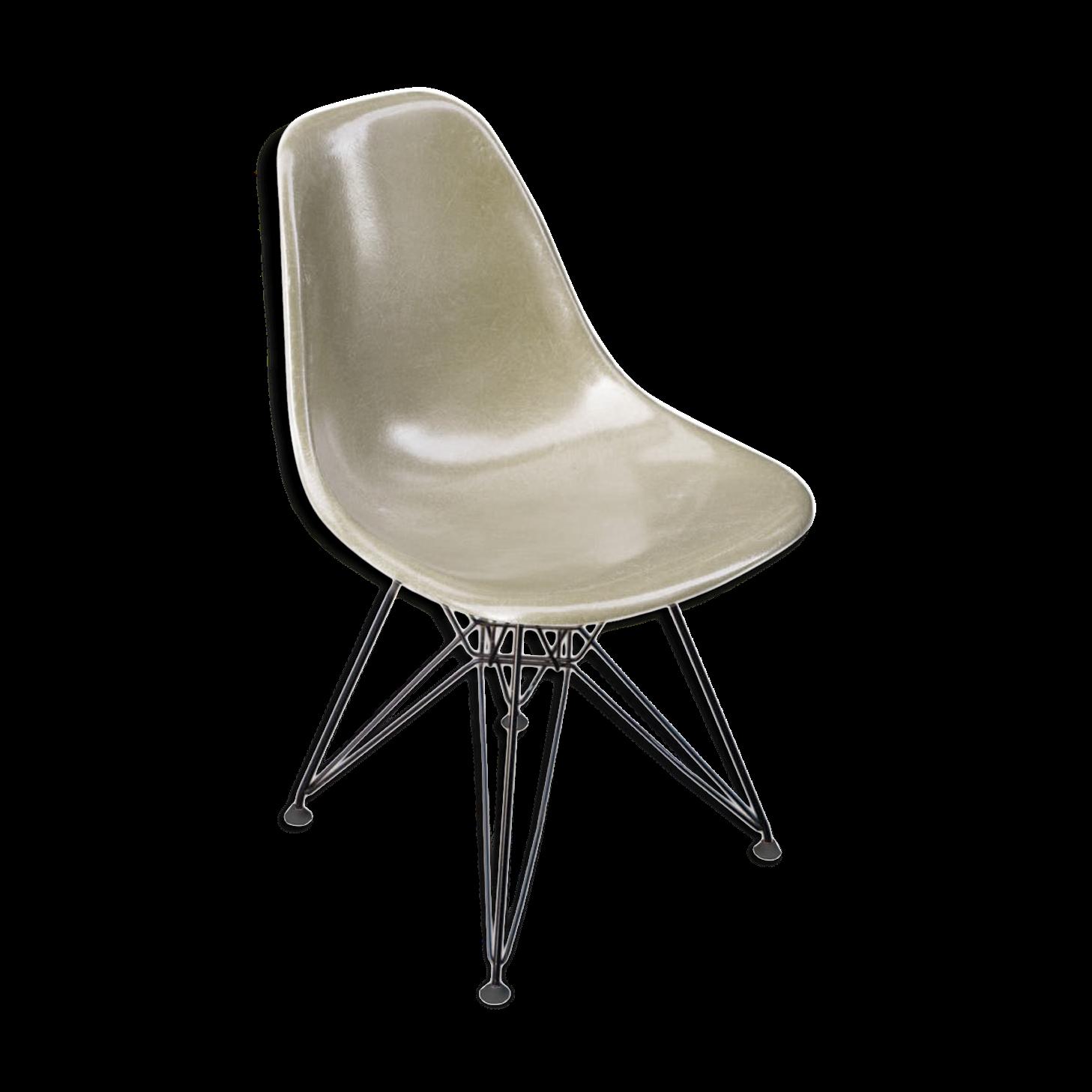 fauteuil eames original. Black Bedroom Furniture Sets. Home Design Ideas
