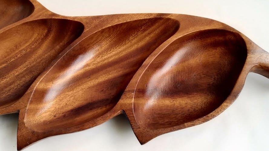 Plat en bois 50cm vintage forme feuille