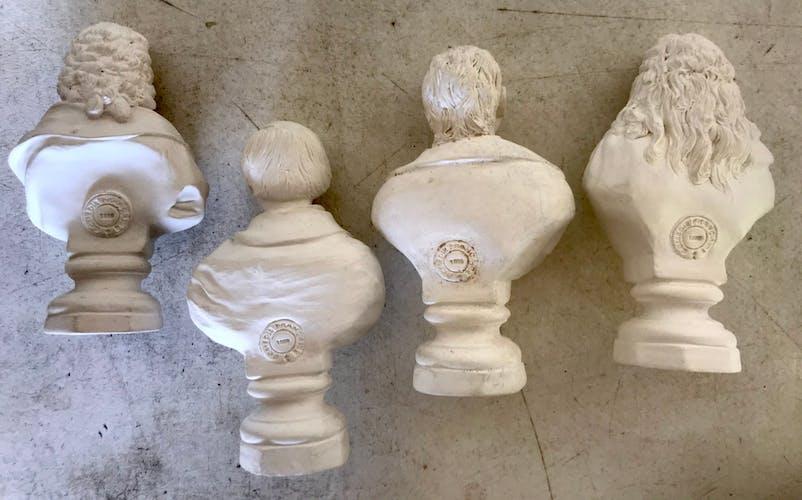 Quatre bustes plâtre Comédie Française