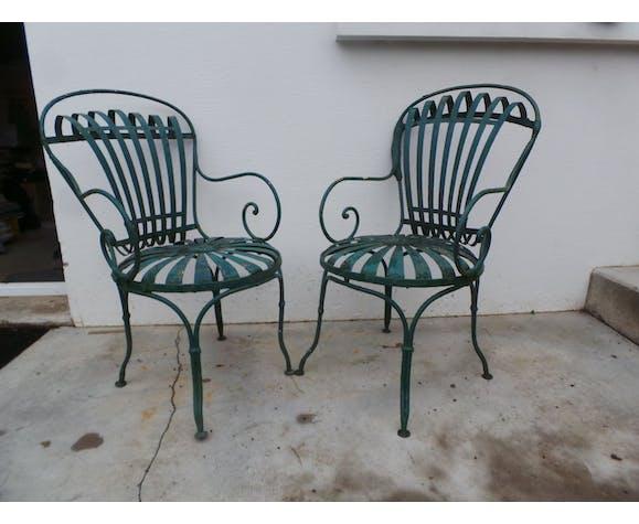 Paire de chaises de jardin en fer forgé par François Carre