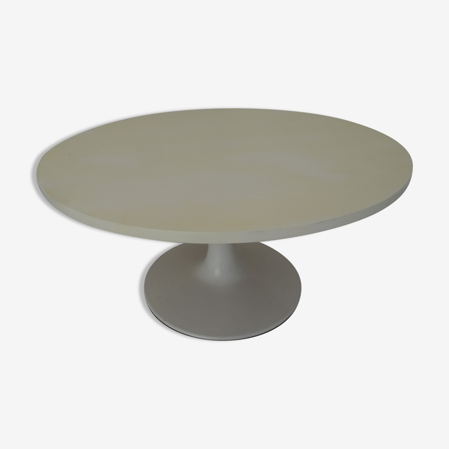 Tulip white round table