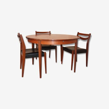 Grande table moderniste de r union ou repas bois for Table ronde extensible scandinave