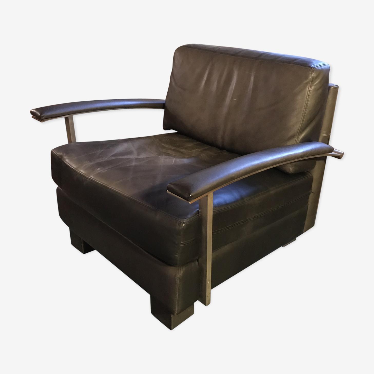 Washington armchair by Jean Michel Wilmotte