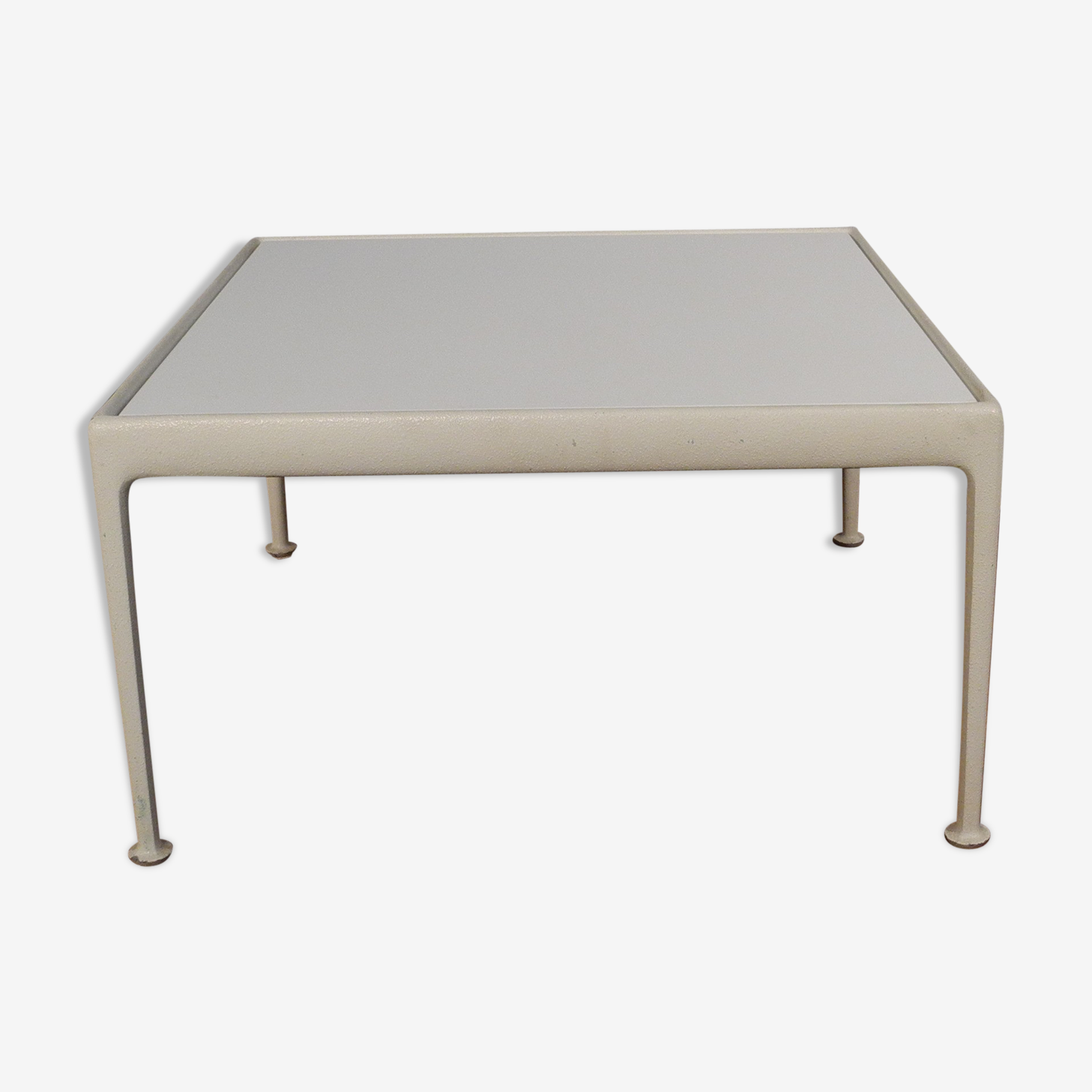 Coffee table by Knüll Schuktz in aluminum years 1960